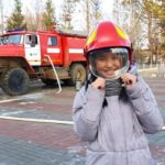 children-from-yakut-village-of-tas-yuryakh-tried-themselves-as-firefighters-03